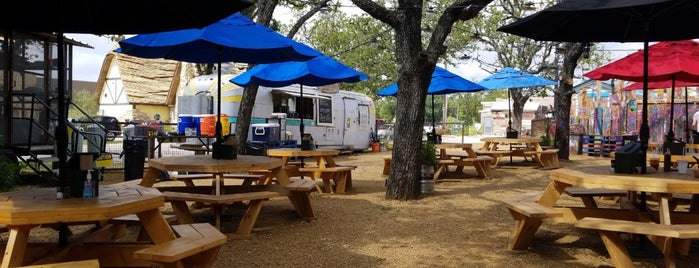 Bumbershoot Barbecue is one of Dallas.
