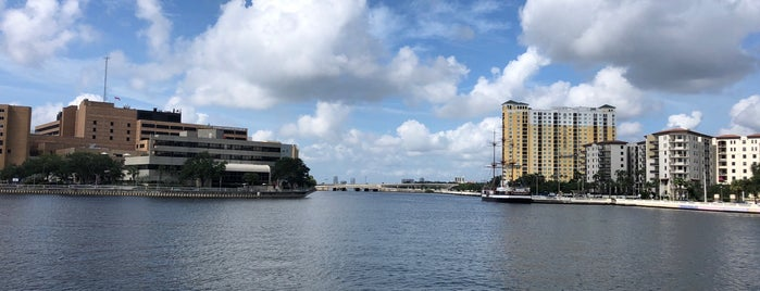 USF  Park on the Riverwalk is one of City of Tampa Parks.