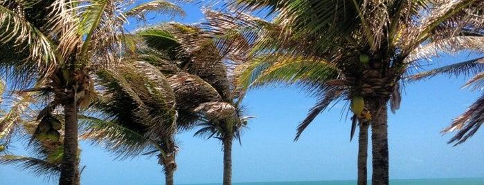 Praia das Fontes is one of Diversos.