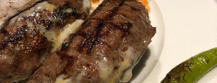 Stari Grad Restaurant is one of Locais curtidos por Sinan.
