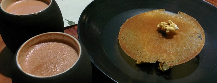 Pipiltin Cocoa is one of Top Jakarta Restaurants.
