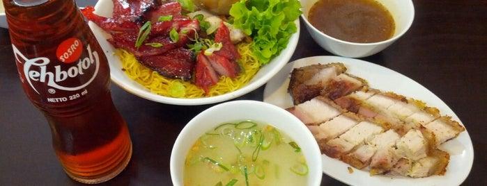 Kaca Mata is one of Top Jakarta Restaurants.