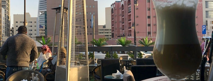 Civia Cafe is one of Hookah (Riyadh).