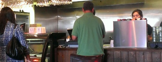 Sizzle Indian Grill is one of Gespeicherte Orte von Carla.