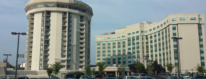 Radisson Hotel Valley Forge is one of Gespeicherte Orte von Joshua.