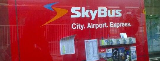 SkyBus T2/T3/T4 Bus Stop is one of Yus'un Beğendiği Mekanlar.