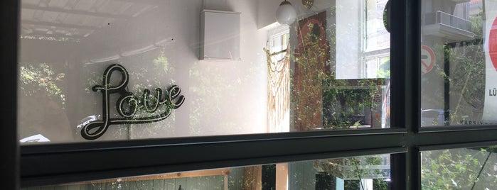 Cafe Quartet is one of Karşıyaka - Cafe.