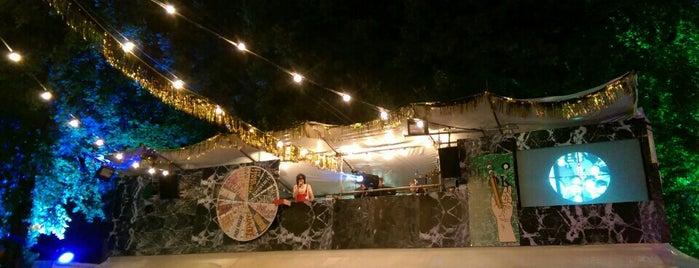 Bataclan - den jubilee is one of สถานที่ที่ Vincent ถูกใจ.