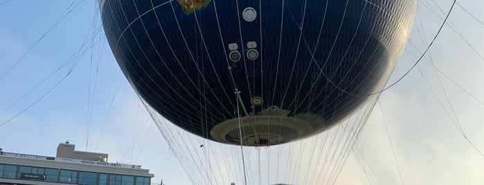Welt Balloon is one of Berlin.