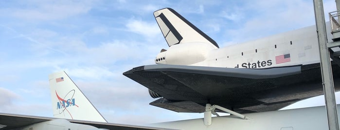 Space Shuttle Independence is one of Posti che sono piaciuti a Aptraveler.