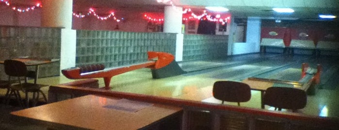 The 9 Best Places With Pool Tables In Indianapolis