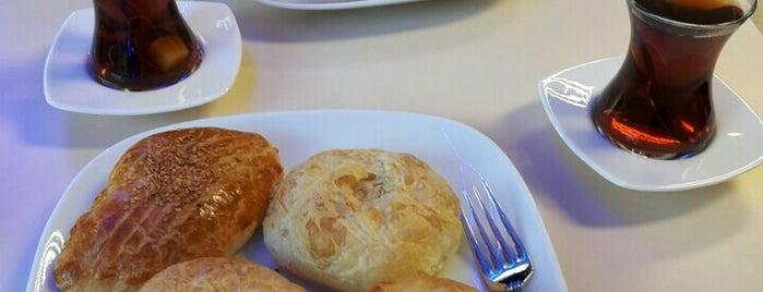 Boyoz Dünyası Fırın&Cafe is one of Cem 님이 좋아한 장소.
