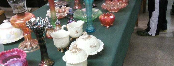 Mebane Antique Auction Gallery is one of Activities.
