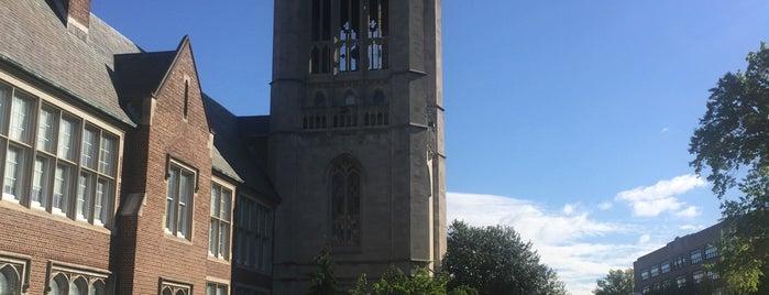NJCU Hepburn Hall is one of Locais curtidos por Diana.