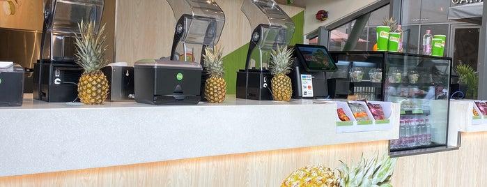 Boost Juice Bars is one of Tempat yang Disimpan Queen.