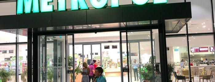 Metropol is one of Tempat yang Disukai Hanna.