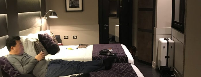 Rome Style Hotel is one of Locais curtidos por Joey.