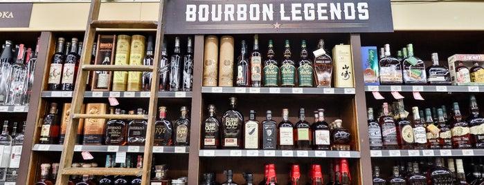 Roebling Liquor is one of สถานที่ที่ Scott ถูกใจ.