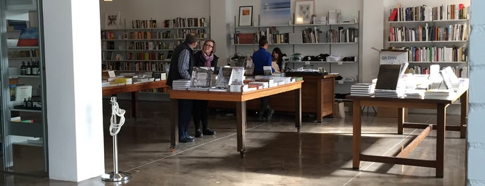Marfa Book Company is one of MRF.