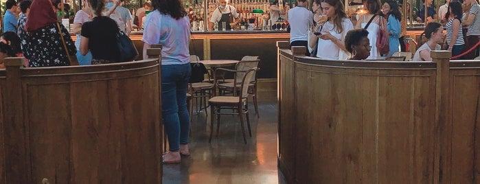 La Felicità is one of Paris.