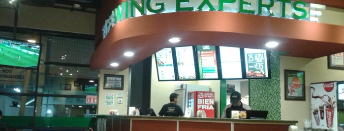 Wingstop is one of Orte, die Erasto gefallen.