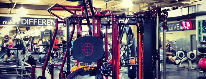 24 Hour Fitness is one of Posti che sono piaciuti a Eric.