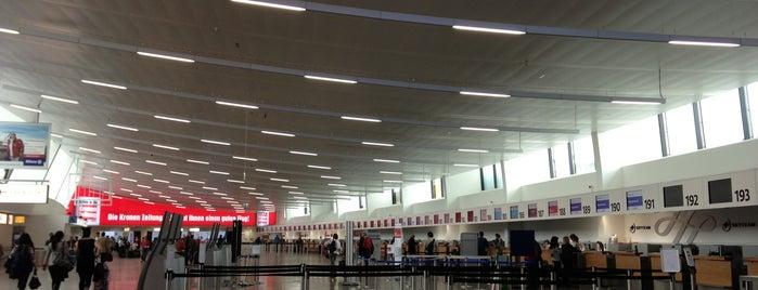 Terminal 1 is one of Locais curtidos por Karl.