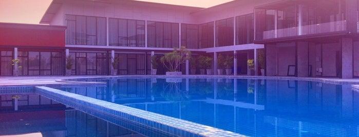 Prajaktra Design Hotel Udonthani is one of Nutcha 🍀: сохраненные места.