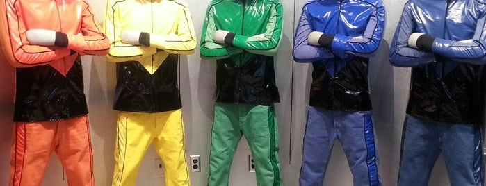 Jabbawockeez Theater is one of Locais curtidos por Hans.
