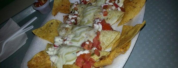 Patio de comidas is one of Lugares favoritos de Janett.