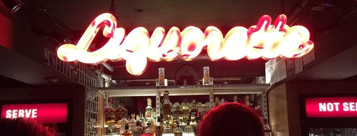 Genuine Liquorette is one of Locais salvos de KATIE.