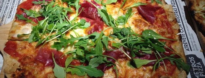Kilómetros de Pizza is one of Italianos en bello Madrid.