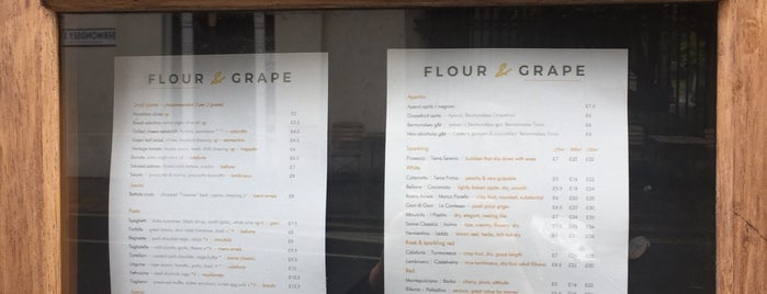 Flour & Grape is one of Orte, die Andrew gefallen.