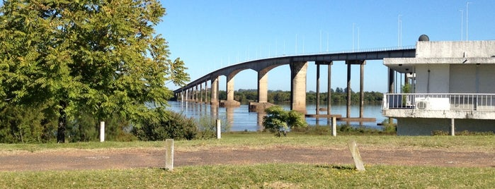 Puente General Artigas [Paysandú – Colón] is one of Colón y alrededores.