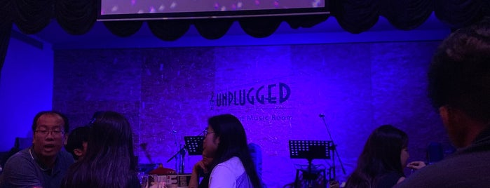 Unplugged is one of Ian 님이 좋아한 장소.