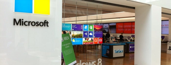 Microsoft Store is one of Silicon Alley, NYC.