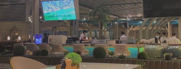 Al Qubbe Restaurant is one of Tempat yang Disukai Soly.