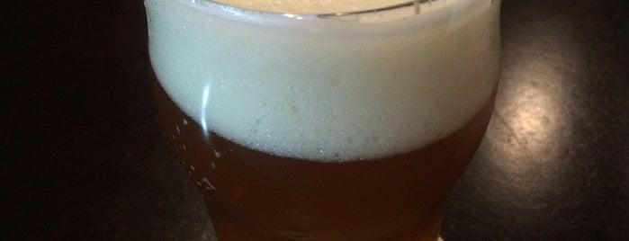 Santa Cruz California Beer Bar is one of Perto do trabalho.