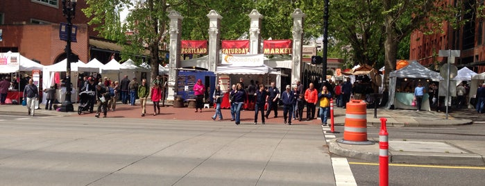 Portland Saturday Market is one of Oregon and Washington faves and to-do.