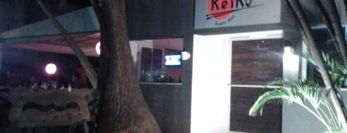 Keiko Sushi Bar is one of Lugares favoritos de Aline.