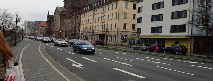 Wöhrdersee Hotel Mercure Nürnberg City is one of Hostelling.