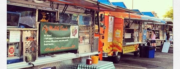 Food Truck Caravan is one of Lieux qui ont plu à Sarah.