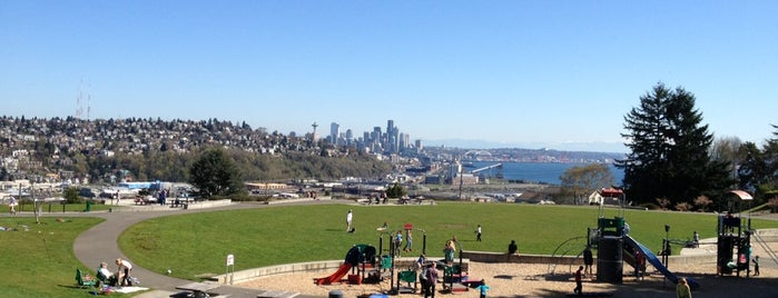 Ella Bailey Park is one of Seattle Must Eats + Sights.