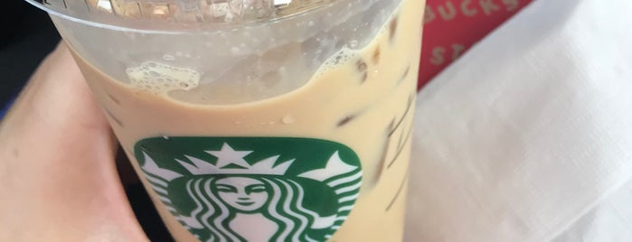 Starbucks is one of Lugares favoritos de Kaan.