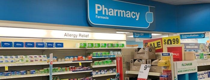 CVS pharmacy is one of Locais curtidos por Chris.