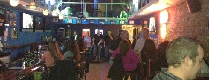 Marz Bar is one of R'ın Beğendiği Mekanlar.