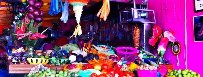 Totopos Restaurante Mexicano is one of Lugares guardados de Rassiel.