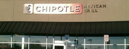 Chipotle Mexican Grill is one of Locais salvos de Sarah.