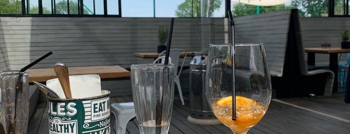 Restauracja Pino Garden is one of Orte, die Kate gefallen.