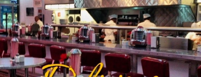 Johnny Rockets is one of México Hot Spots.